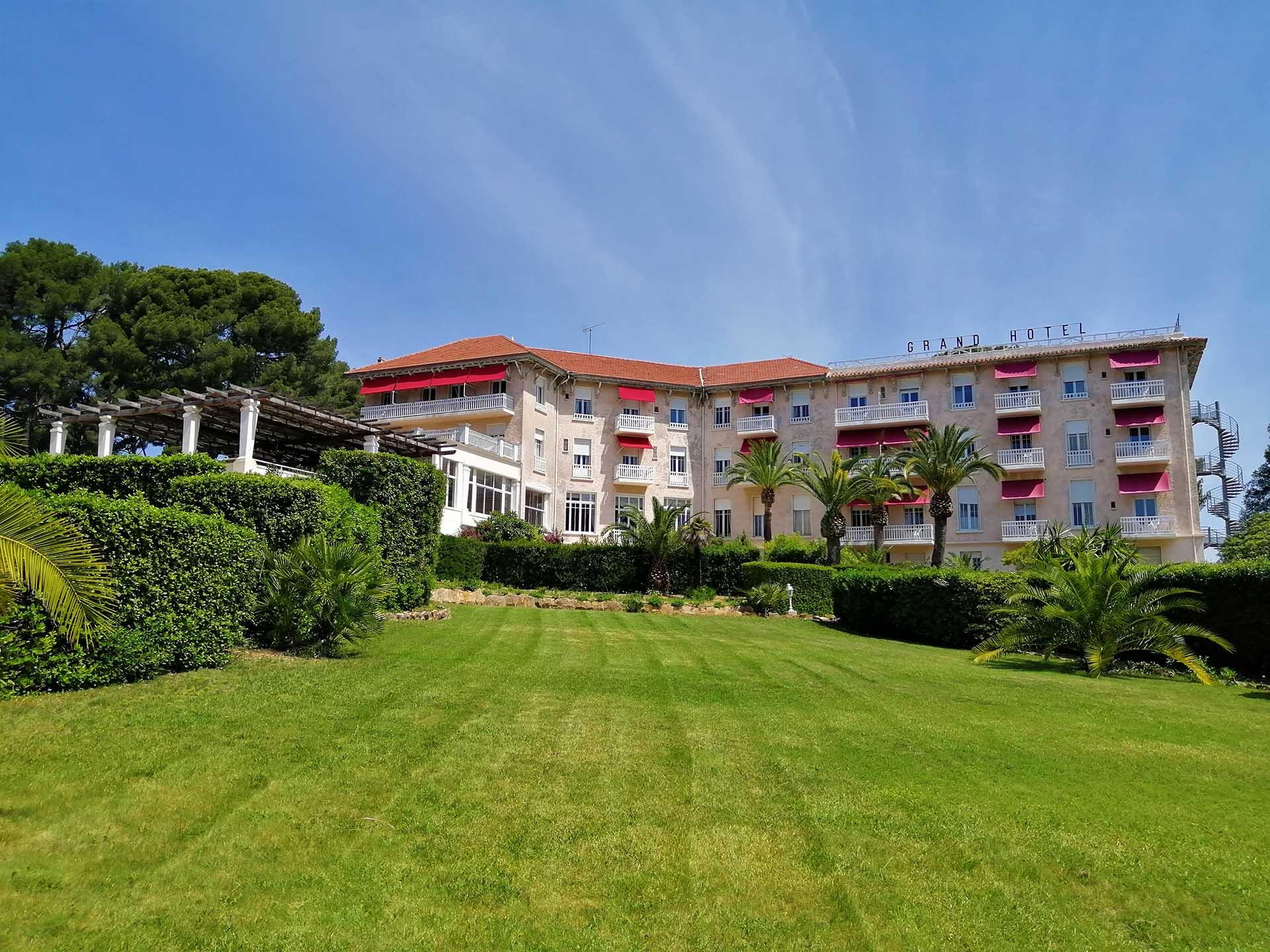 Grand Hotel Les Lecques - Hôtel Saint Cyr